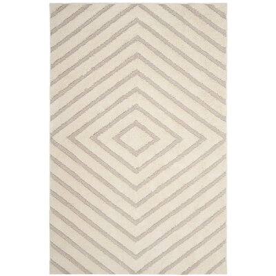Helms Cream/Beige Area Rug Rug Size: Rectangle 4 x 6