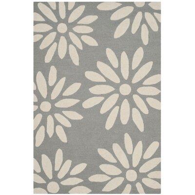 Claro Daisy Hand-Tufted Gray/Ivory Area Rug Rug Size: 4 x 6