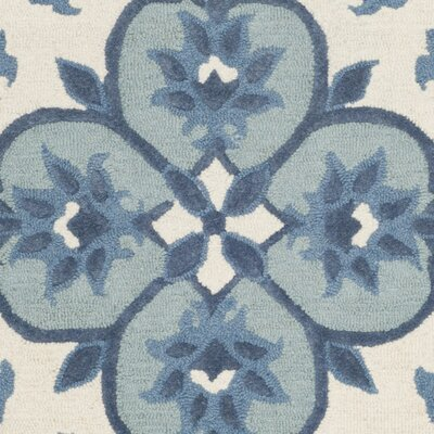 Blokzijl Hand-Tufted Wool Ivory/Blue Area Rug Rug Size: Rectangle 5 x 8