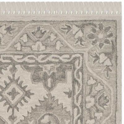 Carman Hand-Tufted Wool Light Gray Area Rug Rug Size: 5 x 8