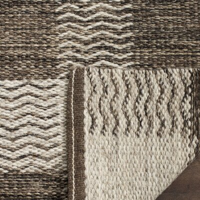 Vacaville Hand-Woven Wool Light Gray Area Rug Rug Size: Rectangle 4 x 6