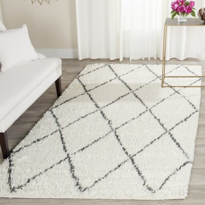 Lohan Knotted Cotton Ivory Area Rug Rug Size: 5 x 8