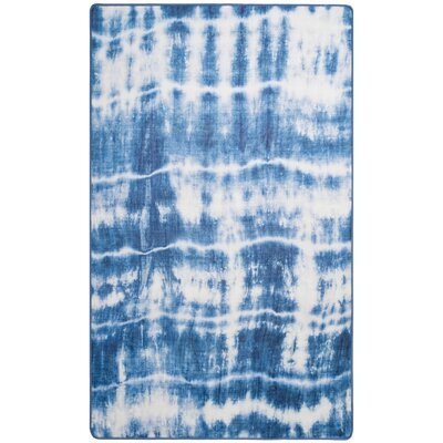 Aisling Blue Area Rug Rug Size: Rectangle 4 x 6