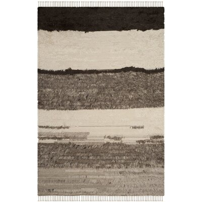 Xue Hand Knotted Wool Ivory/Gray Area Rug Rug Size: Rectangle 6 x 9