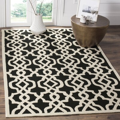 Daphne Outdoor Hand Tufted Black Area Rug