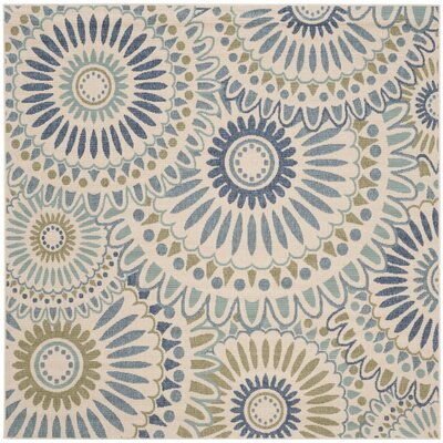 Caroline Indoor/Outdoor Rug in Green Rug Size: Rectangle 67 x 67