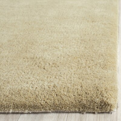 Soho Sage Area Rug Rug Size: Rectangle 76 x 96
