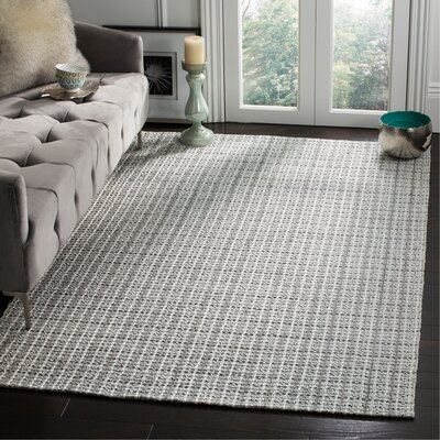 South Hampton Silver Area Rug Rug Size: Rectangle 5 x 8