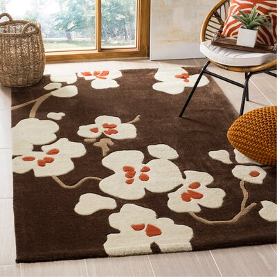 Modern Art Brown/Ivory Rug Rug Size: Rectangle 5 x 8
