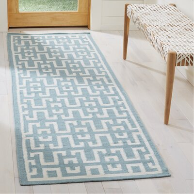 Hand-Woven Wool Seafoam/Ivory Area Rug Rug Size: Runner 26 x 10