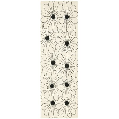Soho Ivory / Black Contemporary Rug Rug Size: Runner 26 x 8