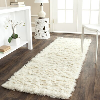 Flokati Hand-Tufted Wool Ivory Area Rug Rug Size: Runner 23 x 7