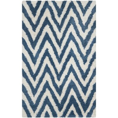 Shag Ivory/Blue Outdoor Area Rug Rug Size: 5' x 8'