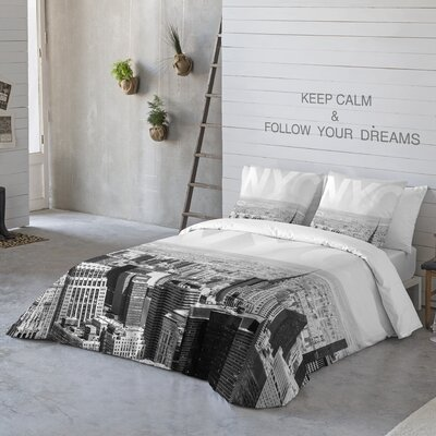 NYC 3 Piece Duvet Cover Set Size: Queen