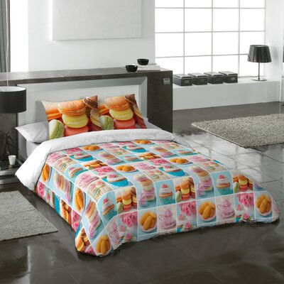 Macarons Duvet Cover Set Size: Queen