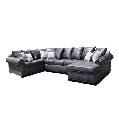 Shelly Sectional