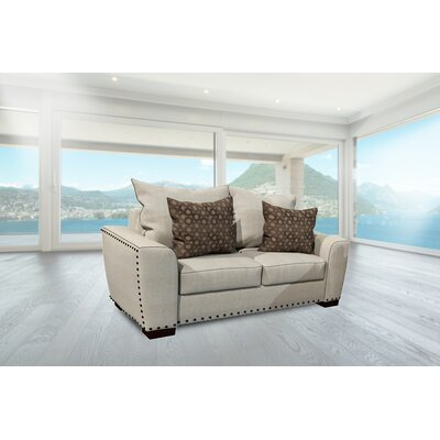 Erendira Loveseat
