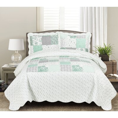 Leandra Quilt Set Size: Twin