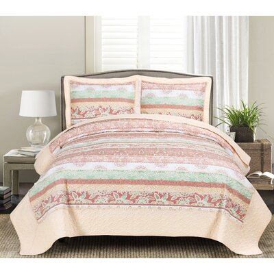 Leeza Quilt Set Size: King