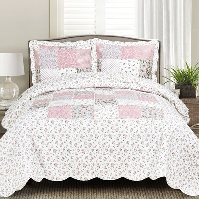 Sofia Quilt Set Size: Full/Queen