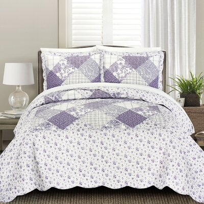 James Quilt Set Size: Full/Queen