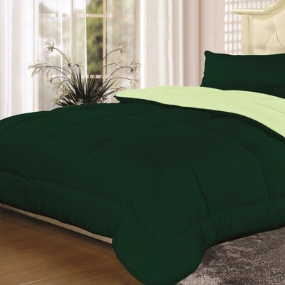 Heavyweight Down Alternative Comforter Color: Sage/ Hunter