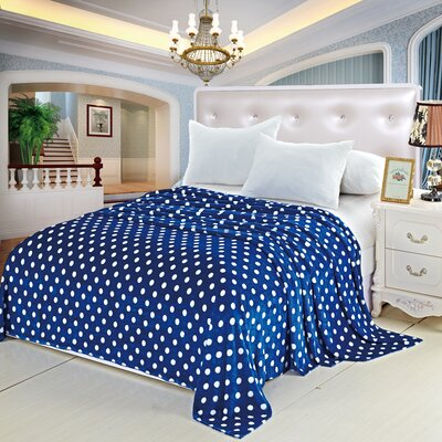 Flannel Throw Blanket Color: Blue, Size: Full / Queen