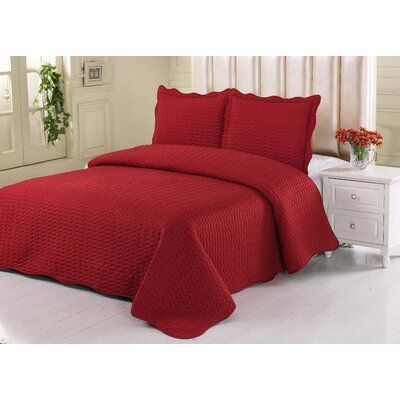 Carmella Quilt Set Color: Red, Size: Twin