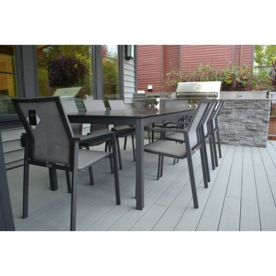Reliable Dining Set Product Photo