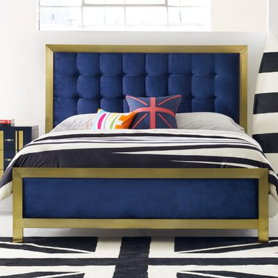 Balthazar Upholstered Platform Bed Size: King