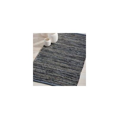 Monterey Hand-Woven Dove Gray Area Rug Rug Size: 19 x 210
