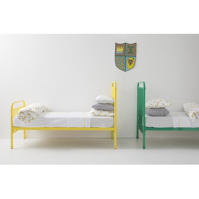 Miller Platform Bed Size: Twin