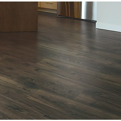Rugged Vision 7.5 x 54.34 x 11.93mm Chestnut Laminate Flooring in Brown