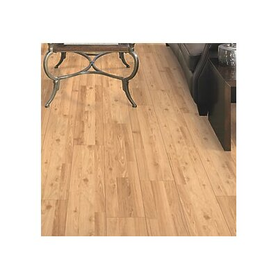 Fieldview 8 x 47 x 7.14mm Oak Laminate Flooring in Golden