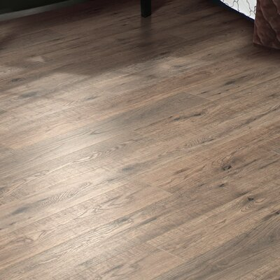 Hanbridge 5.25 x 47.25 x 11.93mm Oak Laminate Flooring in Brown