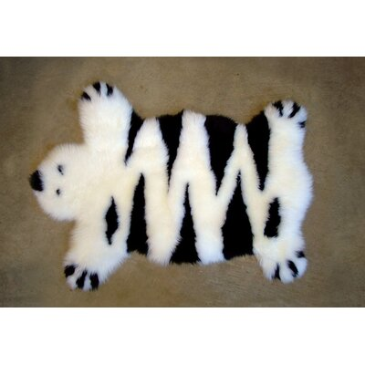 Designer Bear Animal Ivory Area Rug Rug Size: Bear 26 x 37, Color: Ivory/Black