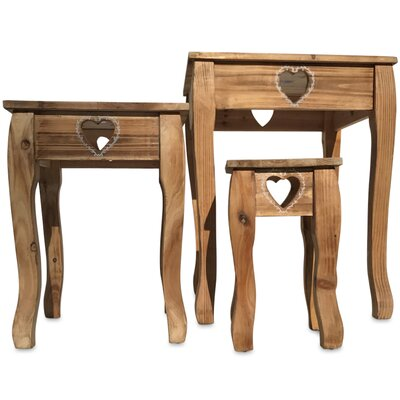 Farmhouse 3 Piece Nesting Tables