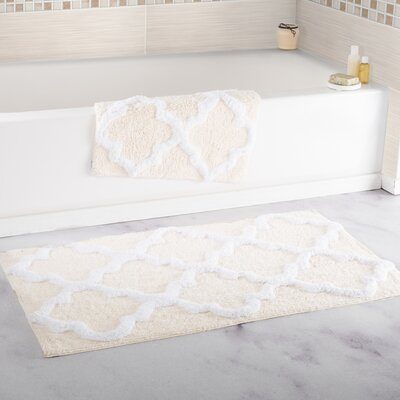 2 Piece Cotton Trellis Bath Rug Set Color: Bone