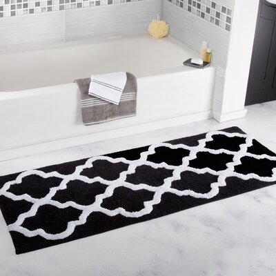 Long Trellis Bath Rug Color: Black