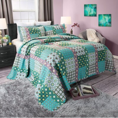 Victoria Quilt Set Size: King