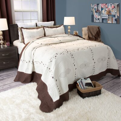 Nora Quilt Set Size: Full / Queen