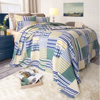 Kylie Quilt Set Size: Twin