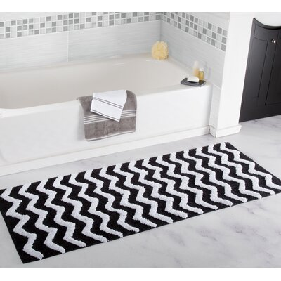 Chevron Bath Mat Color: Black