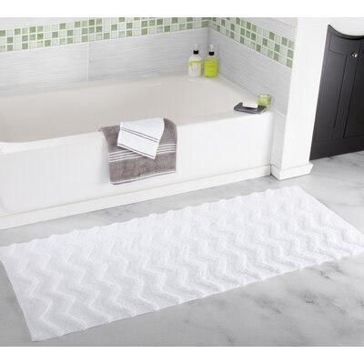 Chevron Bath Mat Color: White