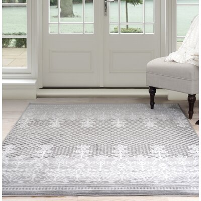 Royal Garden Gray Area Rug Rug Size: 4 x 6