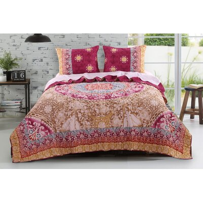Furniture-Delphi 3 Piece Reversible Quilt Set Size King