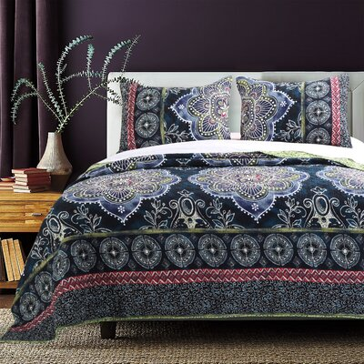 Twyla Quilt Set Size: Full/Queen