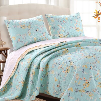 Cherry Blossom Reversible Quilt Set Size: Twin