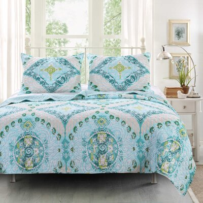 Defelice Reversible Quilt Set Size: Twin