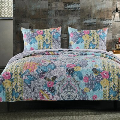 Louna Reversible Quilt Set Size: King
